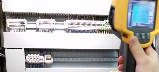 Wärme-Check zum Schutz der Steuer-Elektronik vor Ausfall durch Übertemperatur in Schaltschränken / Maschinenschränke